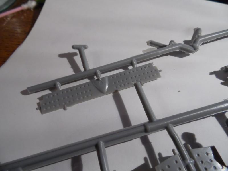 A-24 banshee (kit revell - 1/48 du sdb dauntless ) - Page 5 Sam_0460