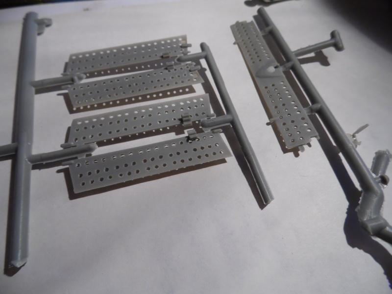 A-24 banshee (kit revell - 1/48 du sdb dauntless ) - Page 5 Sam_0464