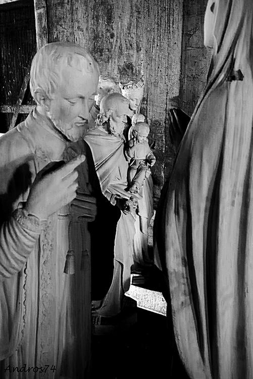 Les saints nus P1010416