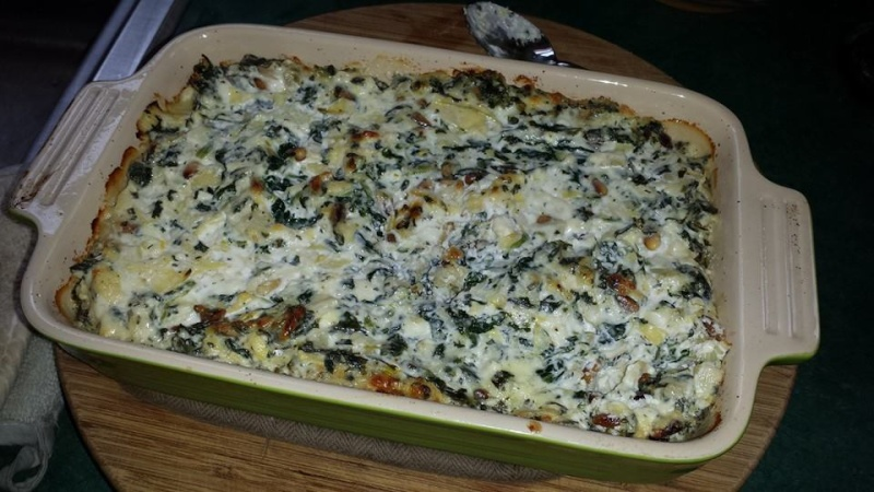 Spinach Feta and Artichoke Dip  Dip10