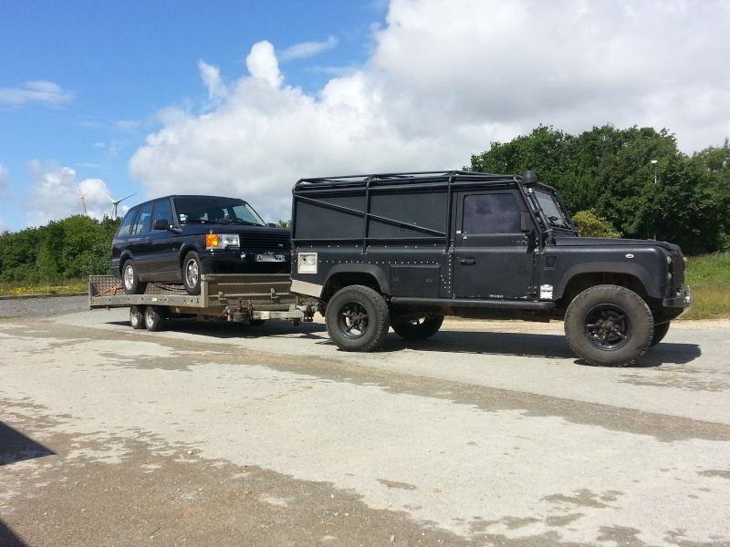 Nouveau garage Land Rover dans le 17 20140510