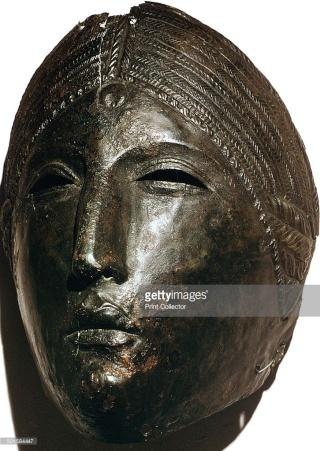 Lucina, déesse de la lumière et de la naissance 50158411