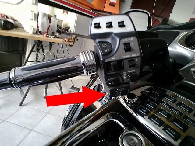interrupteur veilleuse croisement sur cocotte gauche Img_2012