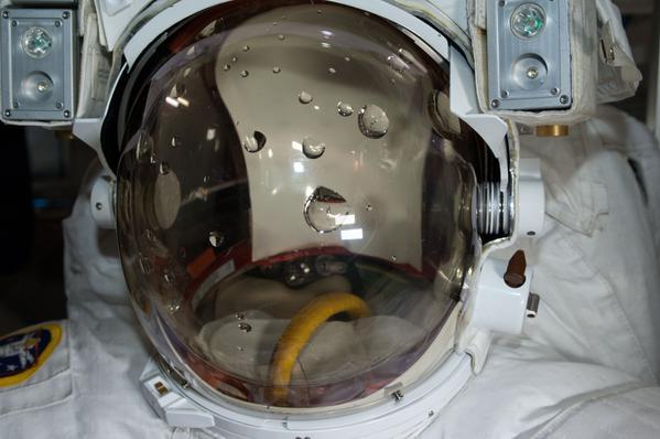 [ISS] EVA 29, 30 et 31 / 21 et 25 février - 1er mars 2015 - Page 2 1100