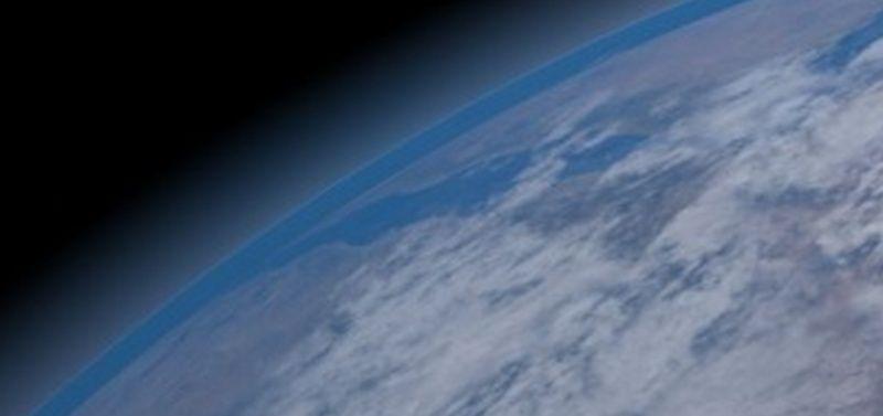 La vidéo qui célèbre la 10ème année de l'existence de tsge (Vidéo) - Page 3 Terre_12
