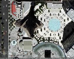 Copie de la Tour Eiffel .Tokyo (trouvé) Tour_e10
