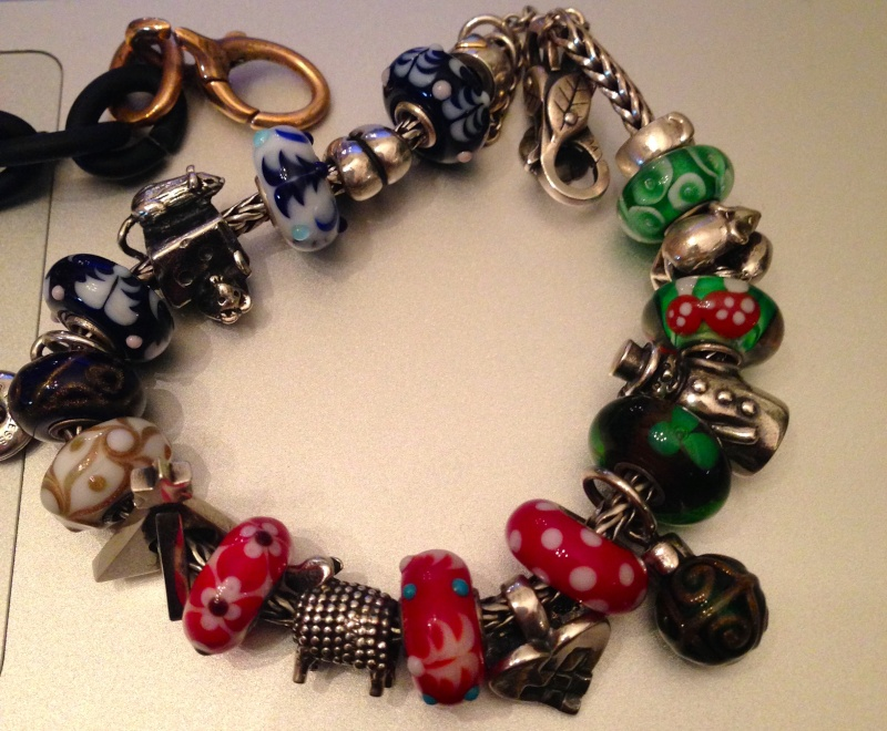 Show us which bracelet you have worn in December! - Page 2 Img_4010