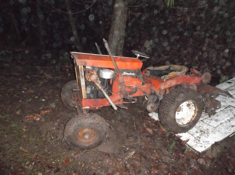 1965 simplicity landlord pulling/work tractor The_mo11