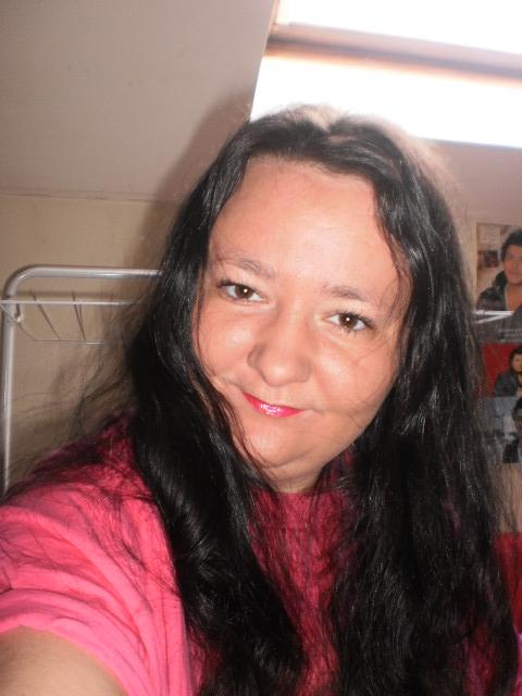 je voudrais un montages de Ingrid Betancourt et Moi Svp ♥ Pb190110