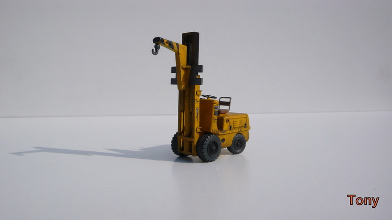 Fork-lift truck DESTA BVH 1521/1522 - Small Models P1390816