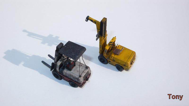 Fork-lift truck DESTA BVH 1521/1522 - Small Models P1390912