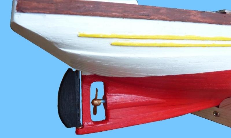 Le Pourquoi-Pas 1908 - Billing Boats - 1/75éme - Page 3 P1070917