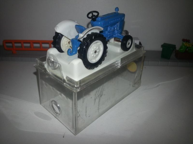 N°253 Tracteur Ford 5000 20150159