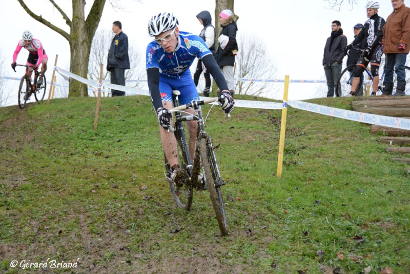 FFC Cyclo-cross de Domont  Juniors et Pass'Cyclisme 04 Janvier 2015 Dsc_0011
