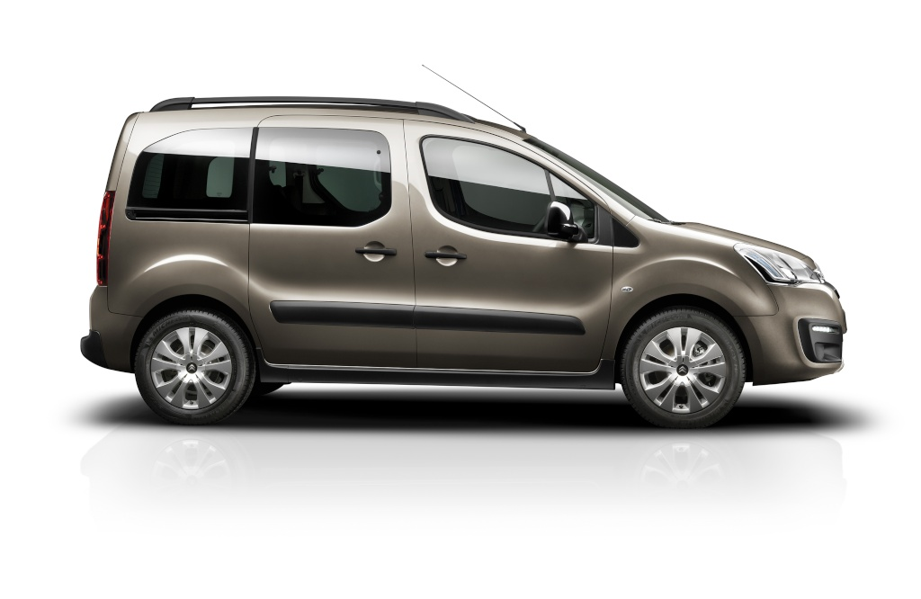 [SUJET OFFICIEL] Citroën Berlingo II phase III  - Page 2 15x31110