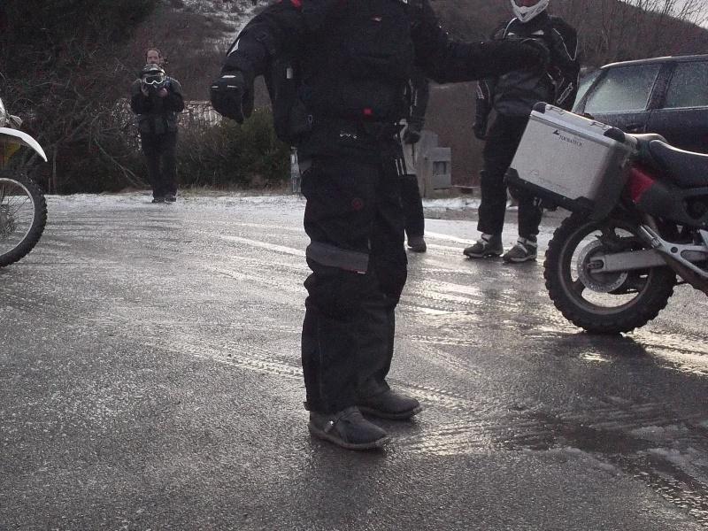 CR-Video Rando Hivernale : Au Nord du Nore - Page 8 100_0713