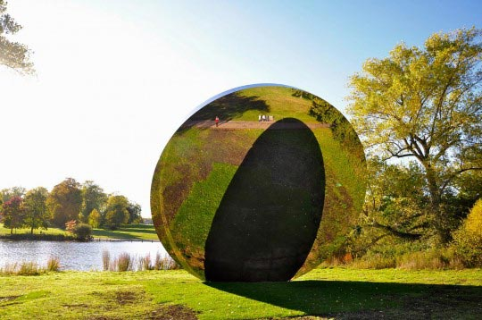 Anish Kapoor expose ses oeuvres à Versailles Anish-12
