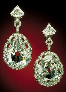 Exposition : Marie-Antoinette à Versailles (1955) - Les bijoux  - Page 2 Specim10