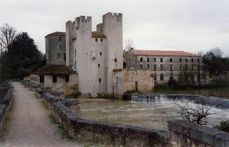 Architecture Urbaine et Défensive - Moulin fortifié 0000_027