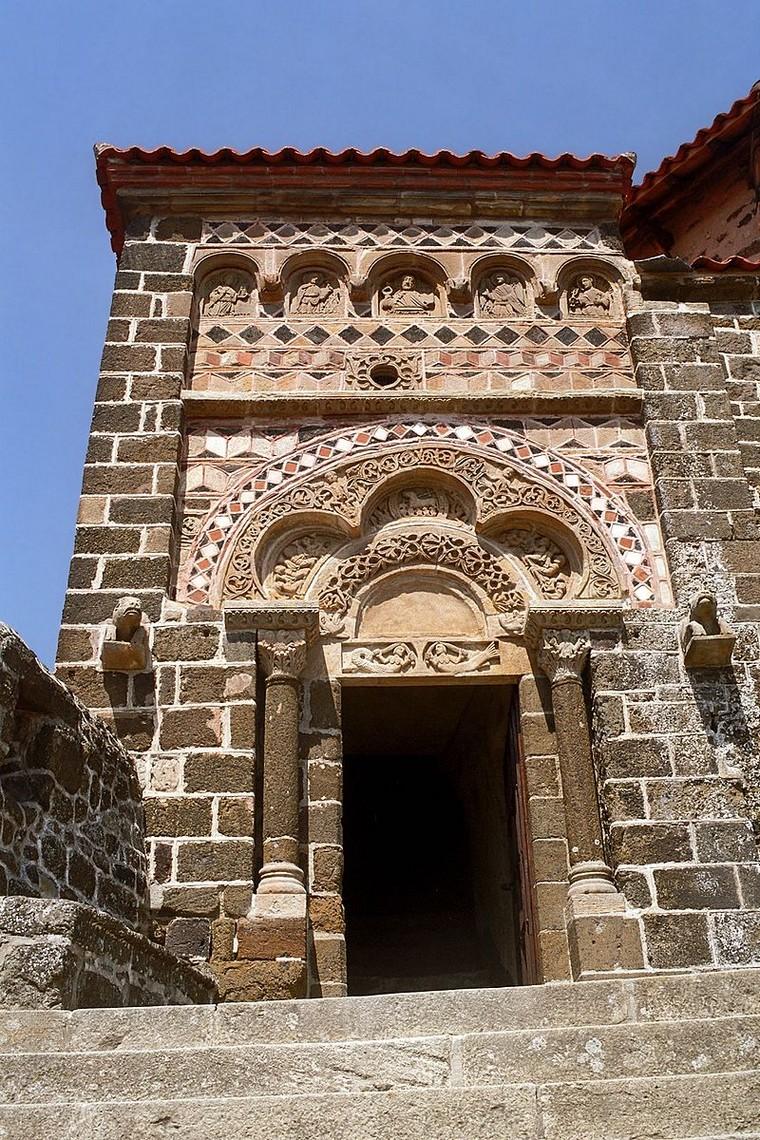 Architecture religieuse : Église Saint-Michel d'Aiguilhe - France                                    000_0295