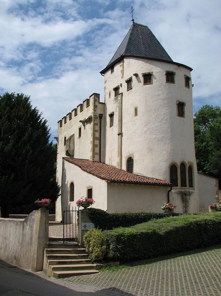 Architecture religieuse et militaire : Eglises fortifiées 000_0399