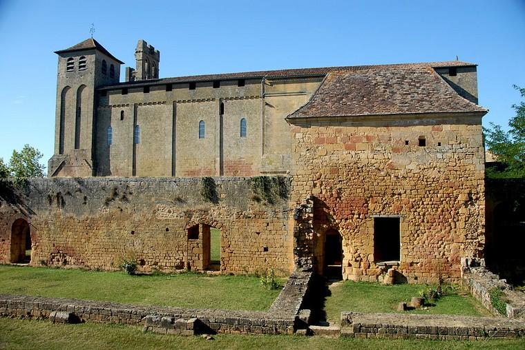 Architecture religieuse et militaire : Eglises fortifiées 000_0465
