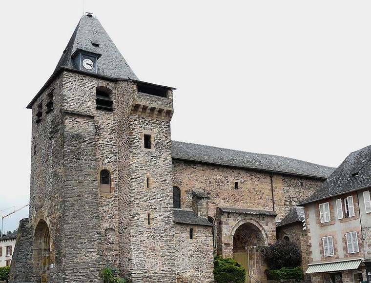Architecture religieuse et militaire : Eglises fortifiées 000_0466