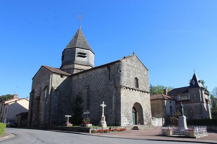 Architecture religieuse et militaire : Eglises fortifiées 000_0468