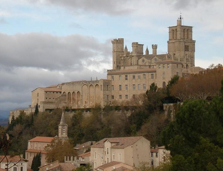 Architecture religieuse et militaire : Eglises fortifiées 000_0471