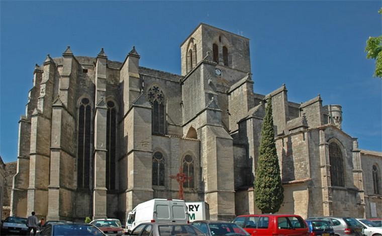 Architecture religieuse et militaire : Eglises fortifiées 000_0472