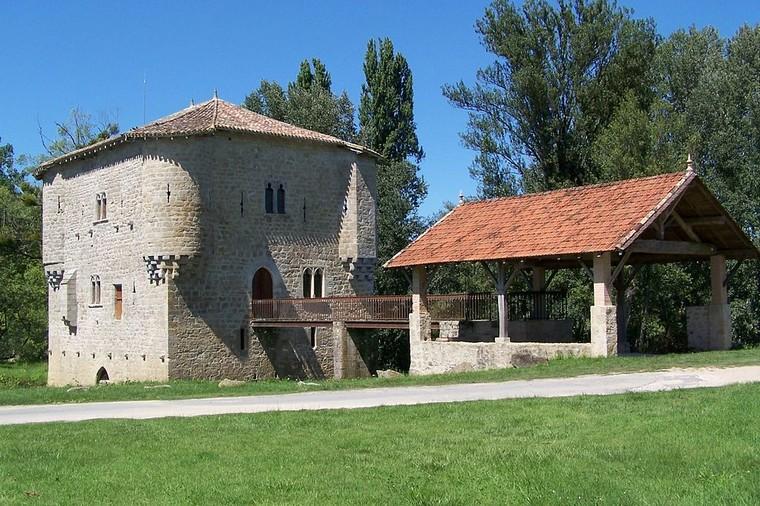 Architecture Urbaine et Défensive - Moulin fortifié 000_0562