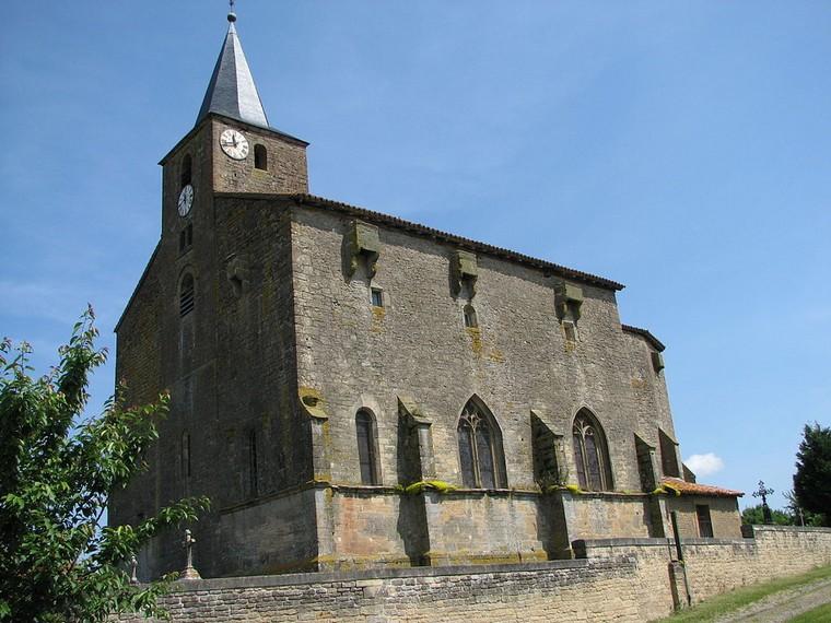 Architecture religieuse et militaire : Eglises fortifiées 000_0648