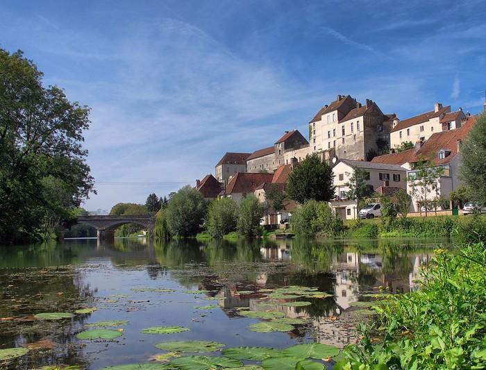 Pesmes - Haute-Saône 000_1642