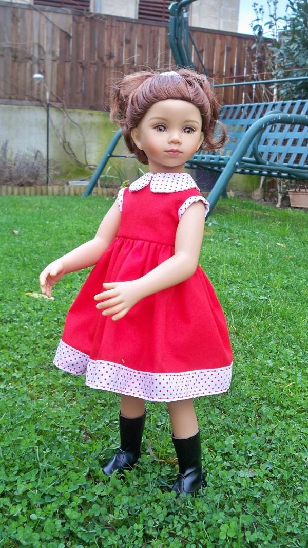Tanya a enfin une robe 100_6110