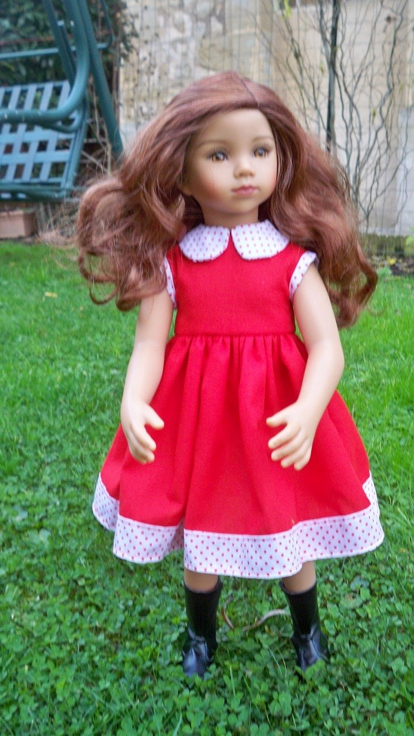 Tanya a enfin une robe 100_6111