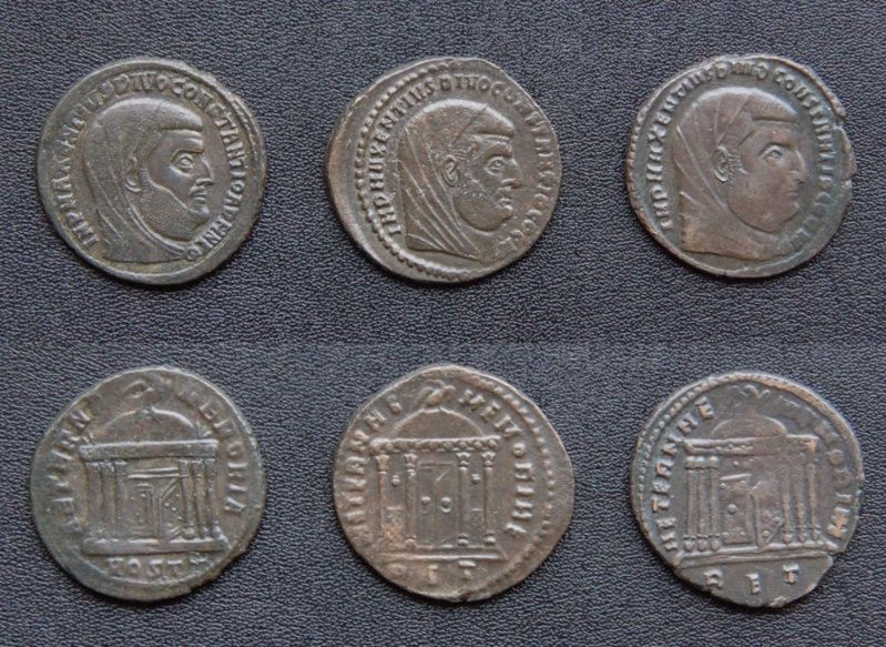 Les monnaies de Consécration de Barzus - Page 15 Compar10
