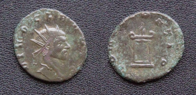 Les monnaies de Consécration de Barzus - Page 15 Divusc10