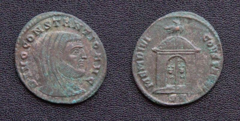 Les monnaies de Consécration de Barzus - Page 15 Divusc12