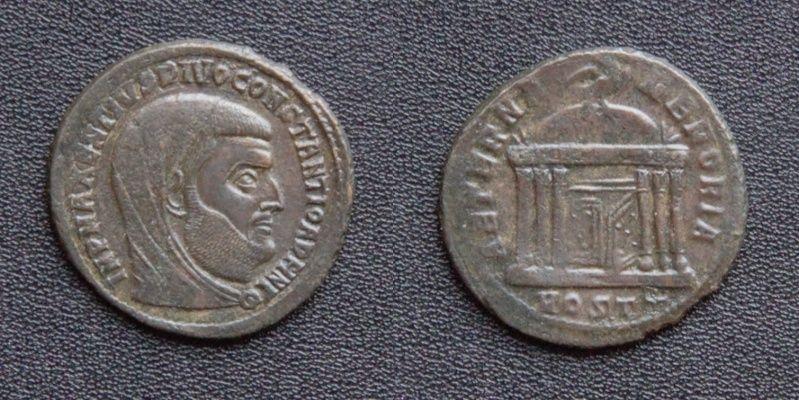 Les monnaies de Consécration de Barzus - Page 15 Divusc14