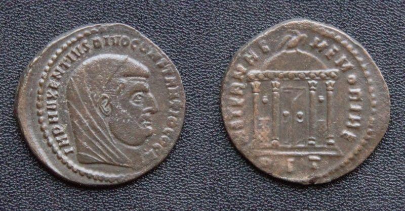Les monnaies de Consécration de Barzus - Page 15 Divusc15