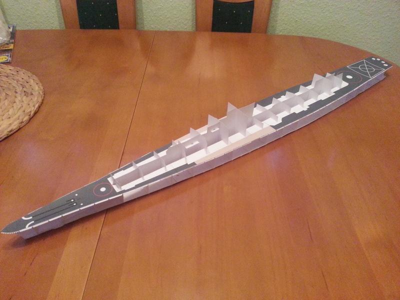 U.S.S. Long Beach   VK-Design  1:250 gebaut von Paperfreak 20141210