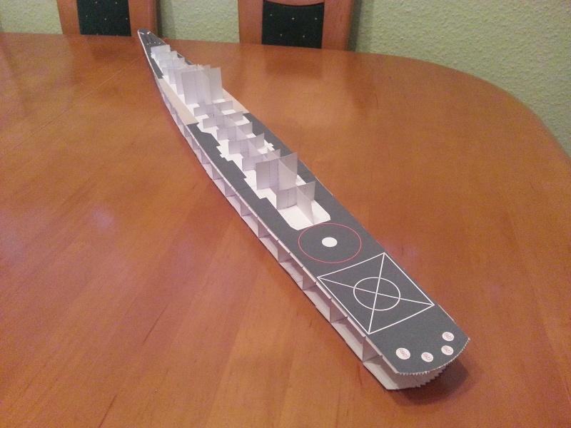 U.S.S. Long Beach   VK-Design  1:250 gebaut von Paperfreak 20141211