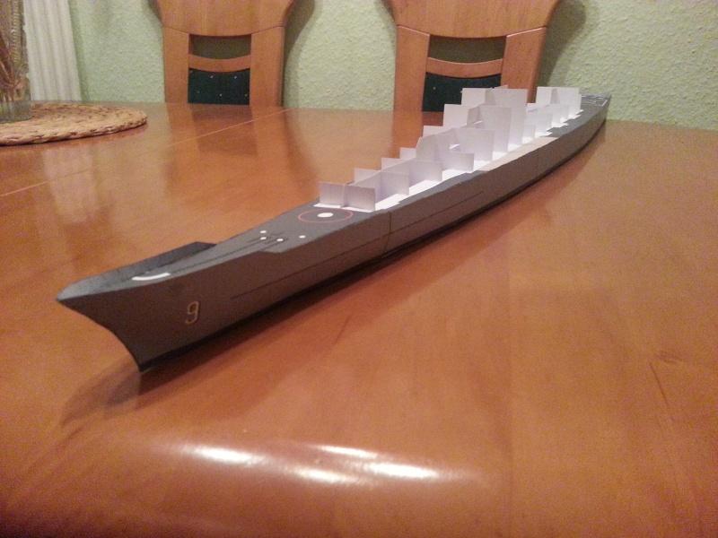 U.S.S. Long Beach   VK-Design  1:250 gebaut von Paperfreak 20150128