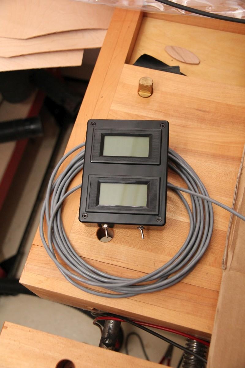 Batterie, Voltmètre et Ampèrmètre Img_3410