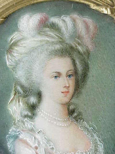 A vendre: miniatures de Marie Antoinette et de ses proches 72643710