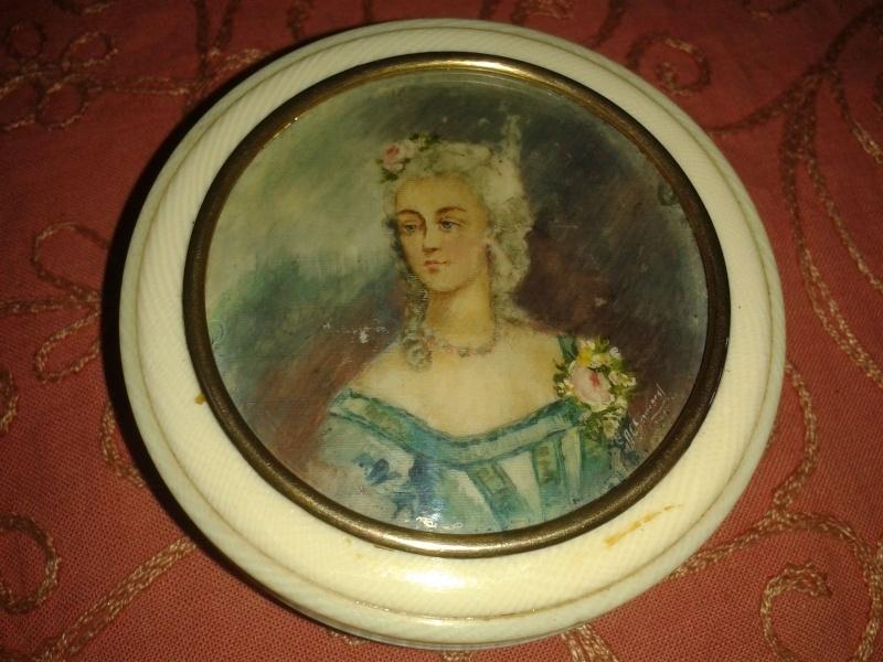 A vendre: miniatures de Marie Antoinette et de ses proches - Page 4 _5714