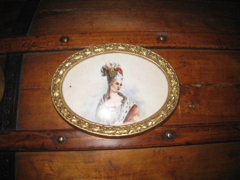 A vendre: miniatures de Marie Antoinette et de ses proches - Page 4 _5719