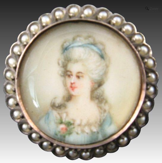 A vendre: miniatures de Marie Antoinette? - Page 2 Zmini10