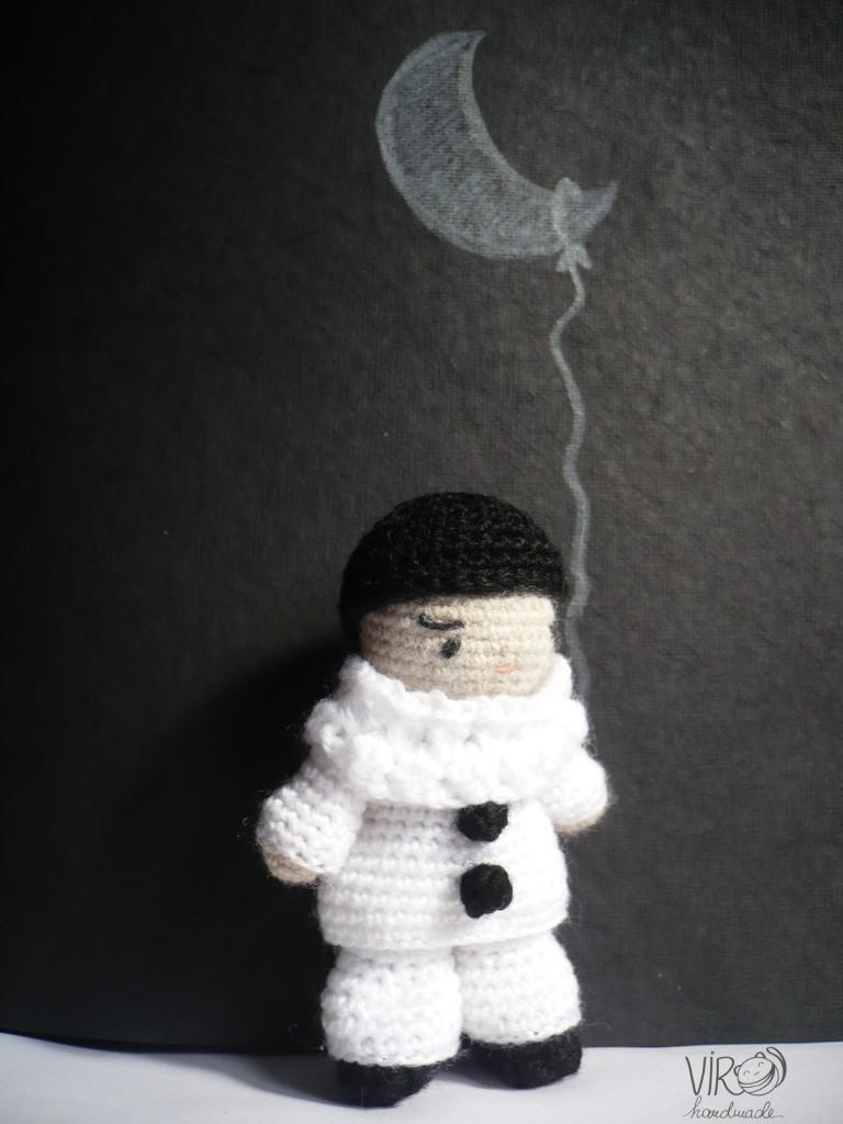 La femme et la Lune ...  - Page 2 Pierro10