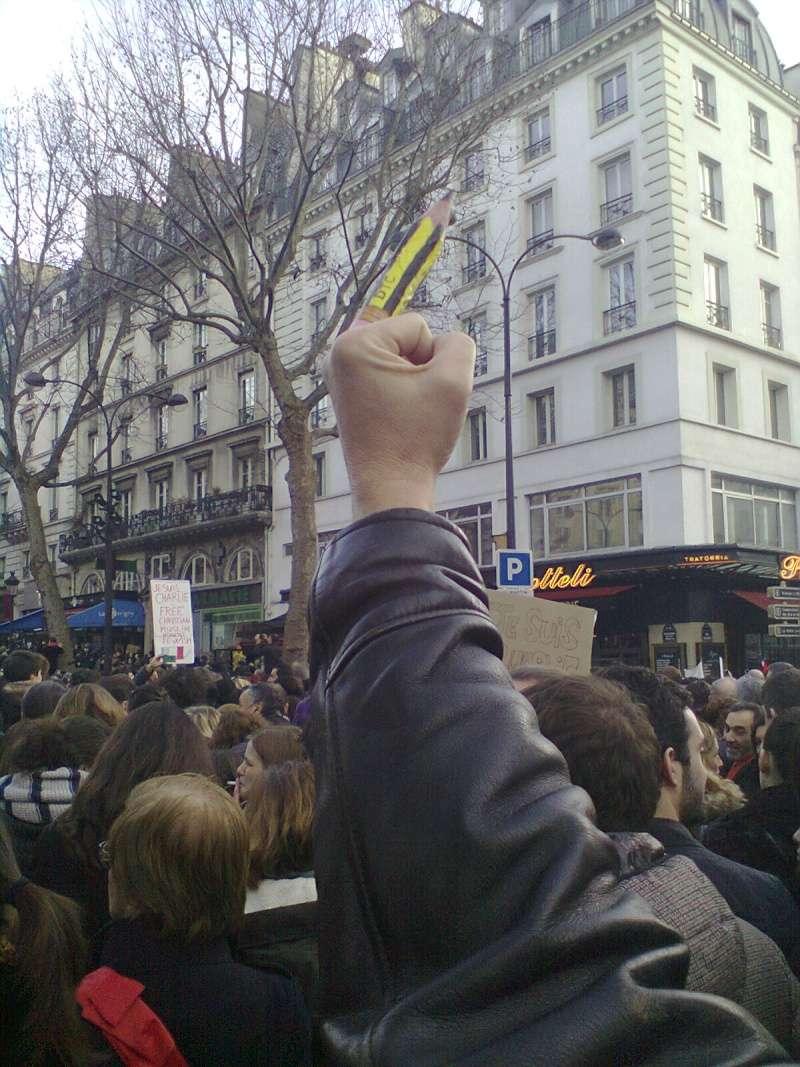Charlie Hebdo n'est pas mort !!!!!!!!!!! - Page 3 Photo013